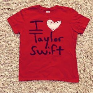 Taylor Swift fan shirt
